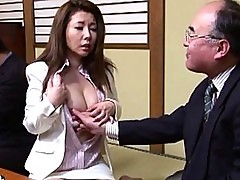Sakiko Miharas tits get touched by some mature japanese men
